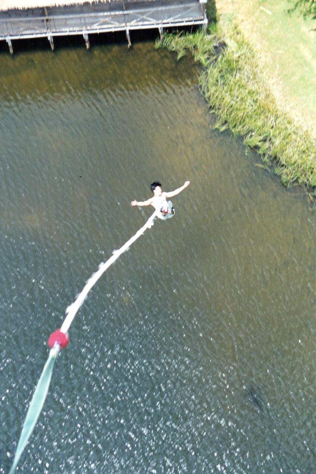 Deron bungee jump 2